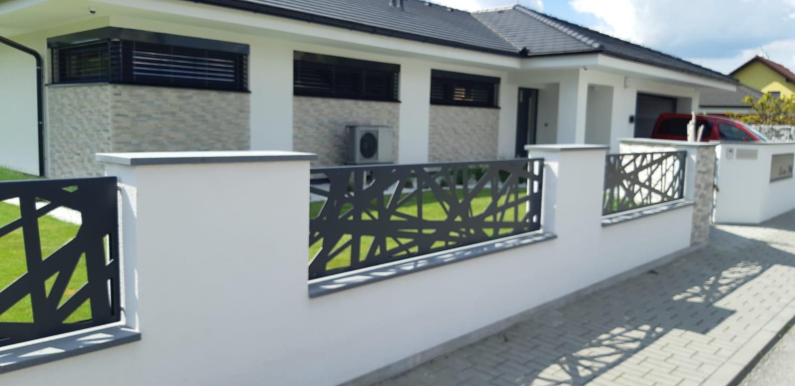 moderní hliníkové ploty, ploty z hliníku