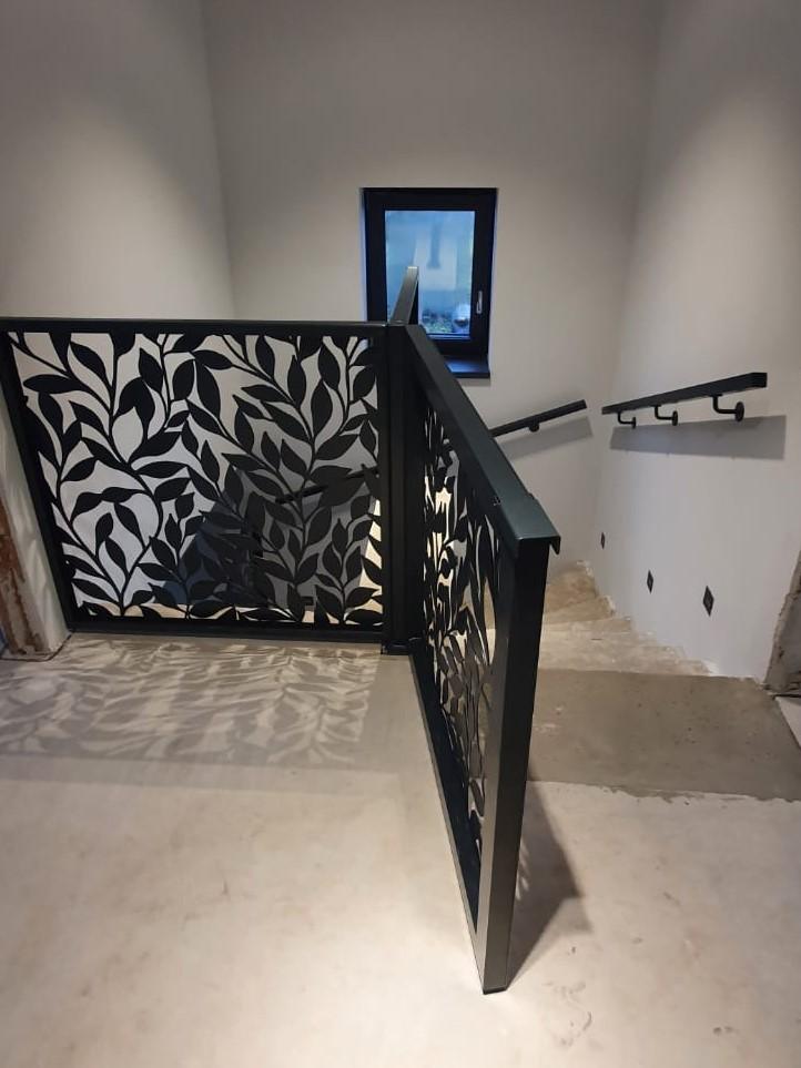 schodišťové zábradlí, zábradlí na schodiště s dětskou zábranou