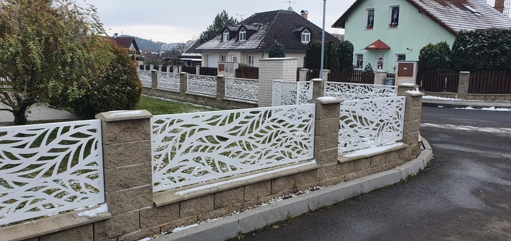 hliníkový plot
