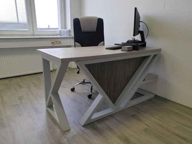 kancelářský stůl, moderní design